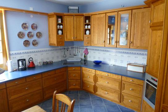 Hier sehen Sie eine Einbauküche für Kunden in Delmenhorst Sandhausen, die von unserer Tischlerei angefertigt wurde.
