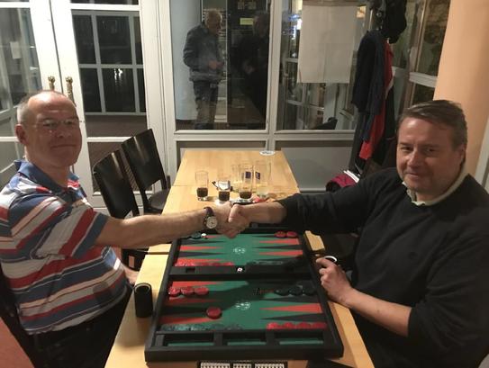 Axel Reichert (links) scheitert erneut kurz vor dem Geld an Jan Cerny