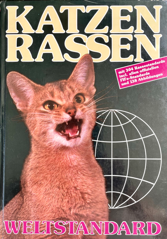 Rasse Katzen Weltstandard, incl. allen offiziellen FIFe-Standards, Autoren: Barrie Jimmieson/Anneliese Hackmann, Herausgeber: 1. DEKZV e.V., 1982, mit Scottish Fold Standard