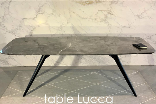 marble-luxury-table