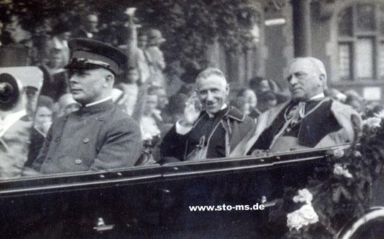 Nuntius Cesare Orsenigo und Bischof Johannes Poggenburg