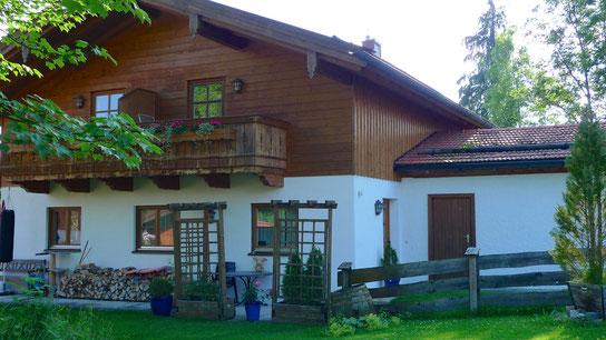 Landhaus Nessi. Ferienwohnung, Hauserdörfl, Tegernsee, Bayern