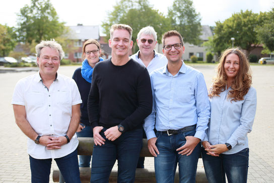 hintere Reihe v.l. Frau Sellheyer, Herr Brunn; vordere Reihe v. l.: Herr Klam, Herr Dr. Biehle, Herr Adam, Frau Wever