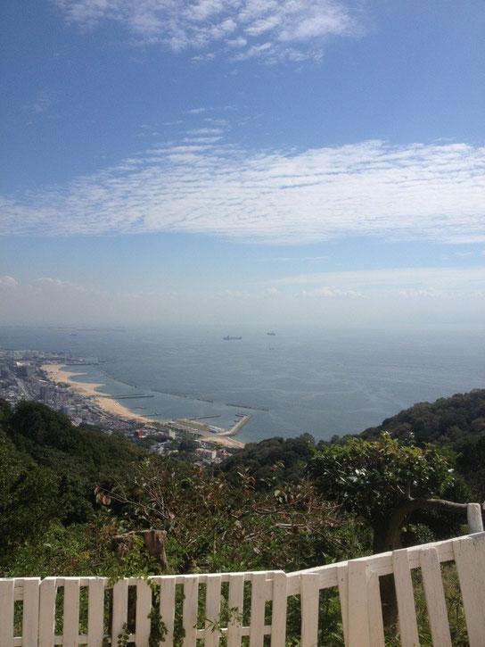 ここ須磨浦から宝塚までの道のりは長くそして険しい。。