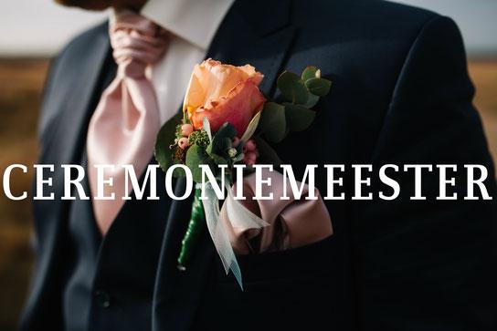 Wil je je gasten niet de zware lasten van de taak als ceremoniemeester op leggen?  Als ceremoniemeester neem ik op jullie dag  alle zorg uit handen. Zodat iedereen volop kan genieten van jullie huwelijksdag!