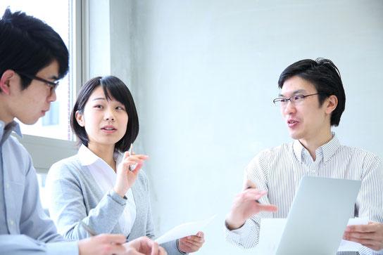 社員100人以上の中小企業法人・上場企業のお客さまに向けた社員研修・人材育成