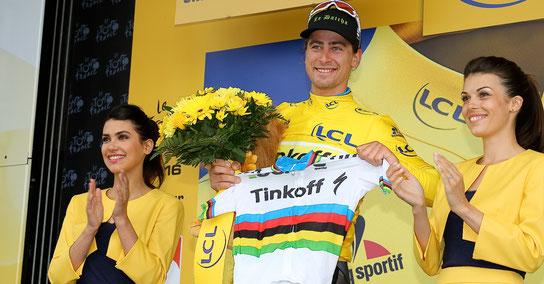 Straßenweltmeister Peter Sagan ganz in Gelb bei der Tour de France 2016 – er startet bei Olympia in Rio auf dem MTB © Mario Stiehl)