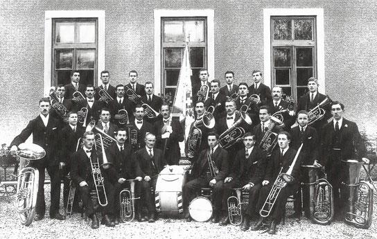 Musikgesellschaft im Jahr 1925