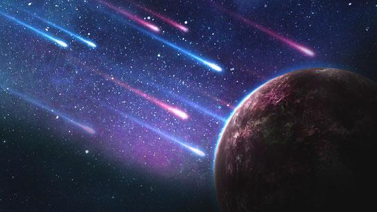 Les étoiles qui tombent sur la terre comme les figues d'un figuier secoué avec violence par le vent sont des esprits puissants: Satan et ses démons.