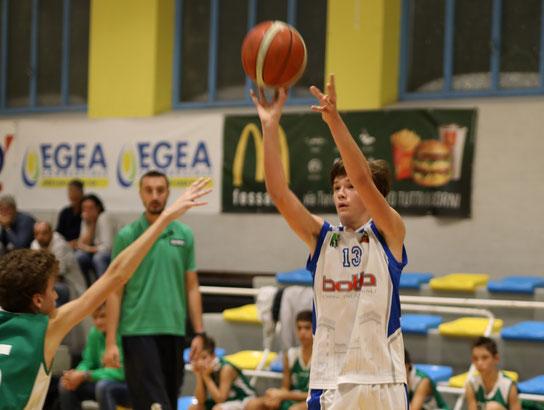 Lorenzo Rovere. Per lui 16 punti contro Saluzzo - Guido Fissolo ph.