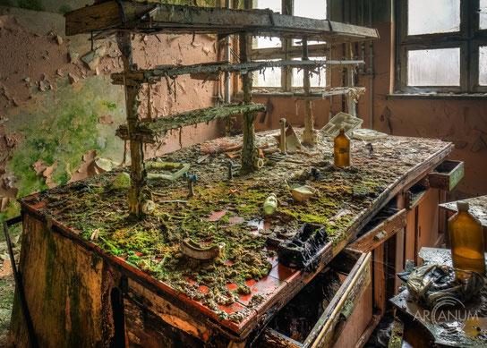Abandoned hotel in the Erzgebirge region in Germany