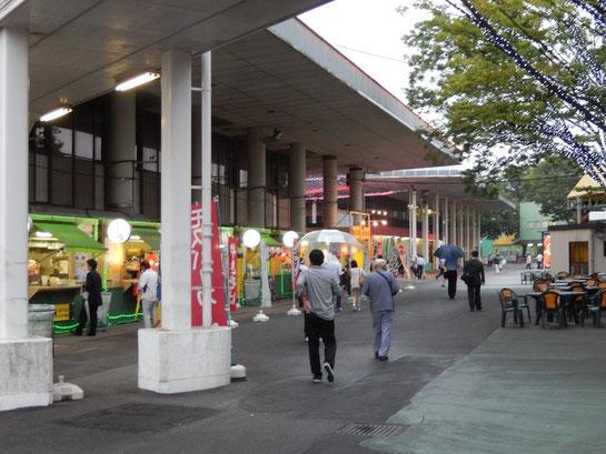 大井競馬場 グルメ フードストリート