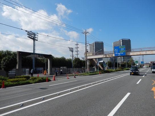 川崎競馬場 駐車場 入り口付近