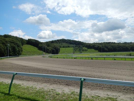 盛岡競馬場 レースコース 3コーナーから4コーナー