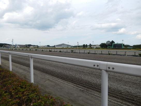 水沢競馬場,レースコース概要