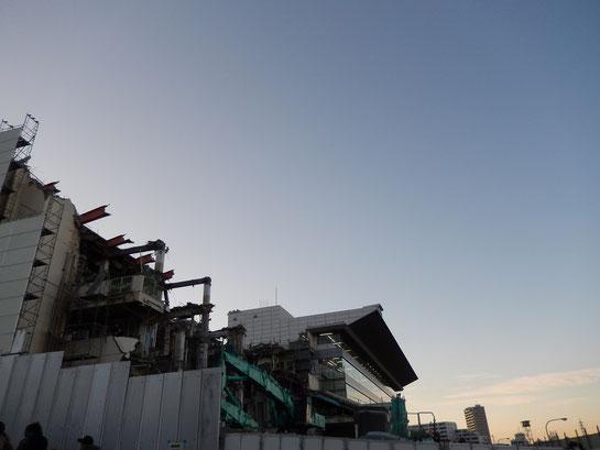浦和競馬場 スタンド 解体