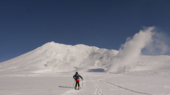 Mt Asahidake ski tour