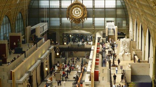 Vue du hall d'entrée depuis le niveau 2