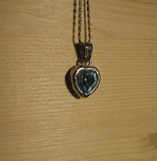 Ciondolo cuore in argento - € 15