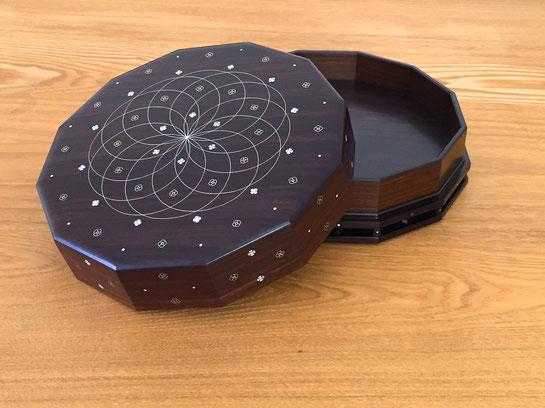 紫檀彩線象嵌合子 桑山弥宏 第66回日本伝統工芸展日本伝統工芸展出品作