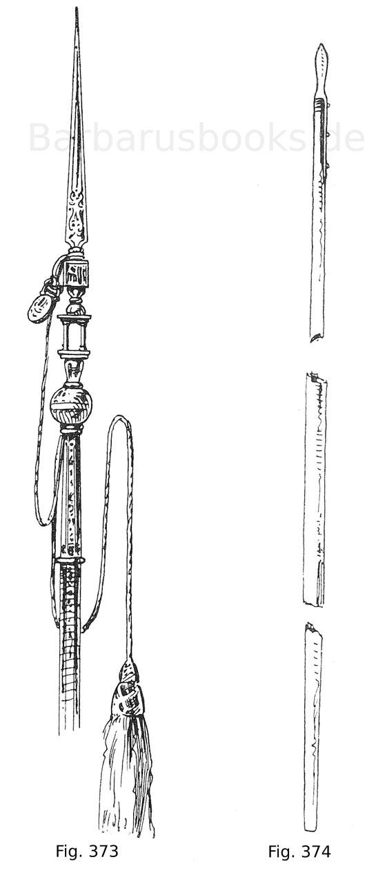Fig. 373. Spieß mit 7,6 cm langer Klinge aus geschnittenem und in Gold tauschiertem Eisen und 2,28 m langem, reichgeziertem Schaft des Tuman Bey, letzten Sultans der Mameluken in Ägypten (getötet 1517). An der mit Gold verzierten Schnur mit schwerer Quast