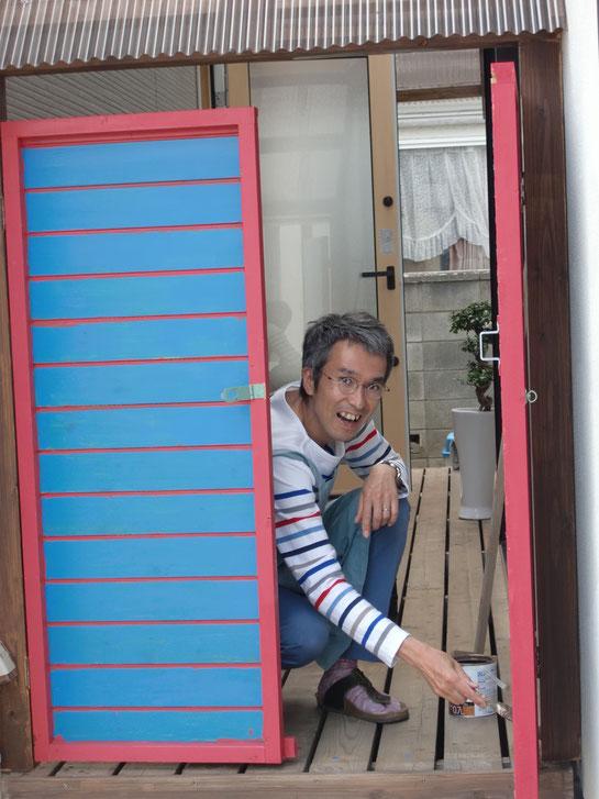 ペンキ塗り どこでもドアみたい(笑)