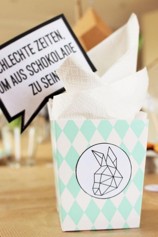 Bild: kreative DIY Ideen für den Osterkorb, Pappbecher als Ostergeschenk, gefunden auf Partystories.de