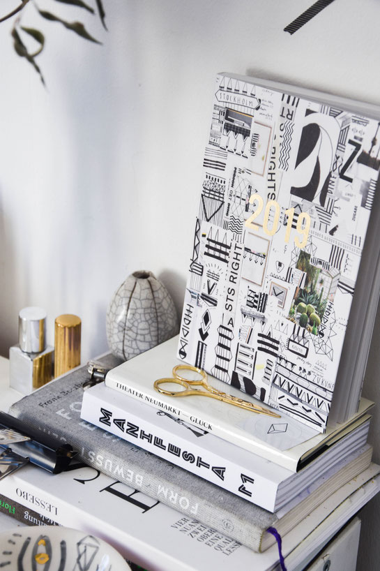 PLANNER 2019. NOW AVAILABLE ON YAELANDERS.COM - MADE IN EUROPE, ILLSUTRATION DESIGN. Made in zürich. Artsy planner.