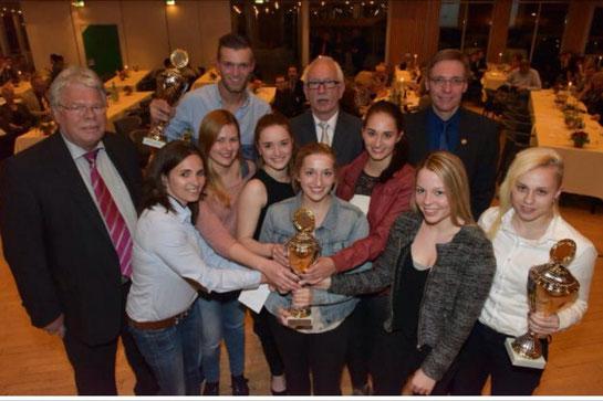 """Die Mannschaft """"Altlünen 1"""" ist zur Mannschaft des Jahres 2014 der Stadt Lünen geehrt worden!!!"""