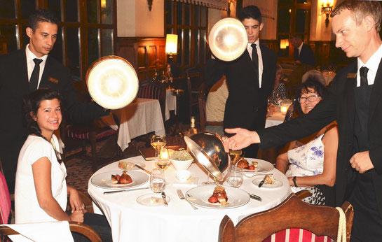 """Le concert de cimbales du restaurant """"La Barbacane"""""""