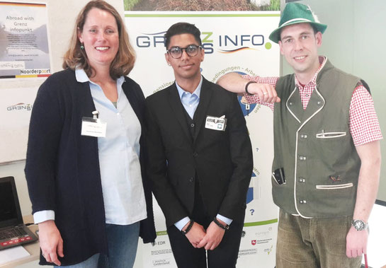 Von links: Jeannine Boomker (Beraterin GIP EDR), Mike Ponit (IBS-Student) und Jaap de Boer (Deutsch-Dozent ROC Noorderpoort) freuen siuch über eine gelungene Veranstaltung in Groningen.