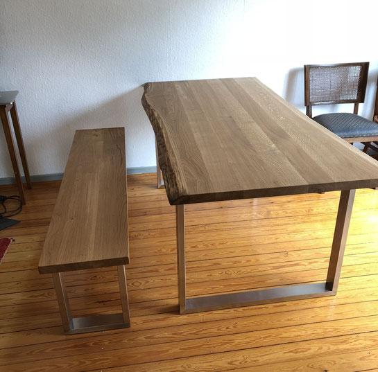 Massivholztisch auf Maß Eiche weiß geölt Stahlgestell Tisch