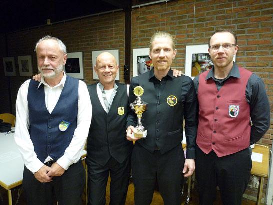 Von links: Siegbert Schäfer (4. Platz), Harry Stannek (3. Platz), Nicolai Wischnowski (1. Platz) und Jochen Neininger (2. Platz)