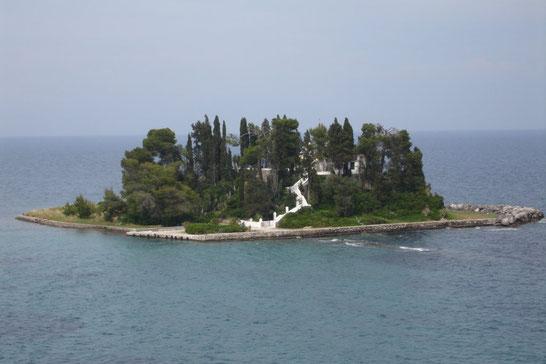 ギリシアのコルフ島にほど近いポンディコニッシ
