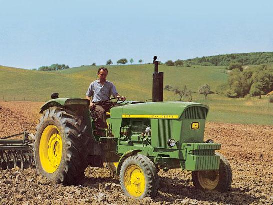 John Deere 3120 6-Zylinder Traktor