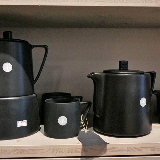 Ölmühle an der Havel. Schönes Teeservice in der Manufaktur für Öle, Tees und Gewürze.