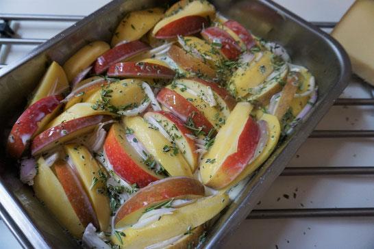 Kartoffelgratin mit Äpfeln. Herzerwärmend!!