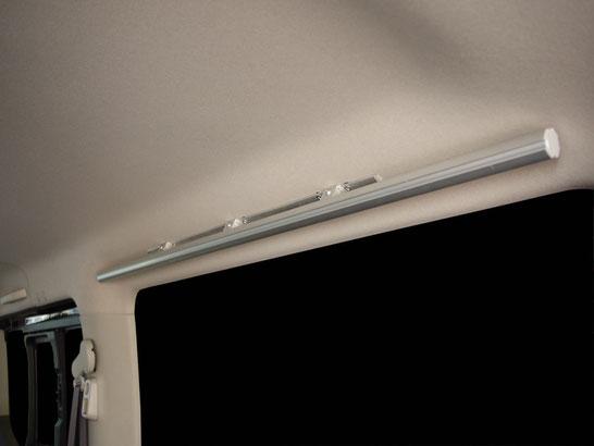 NV350キャラバンの荷室キャリア。お仕事にも職人さんにもオススメの棚、キャリアです。