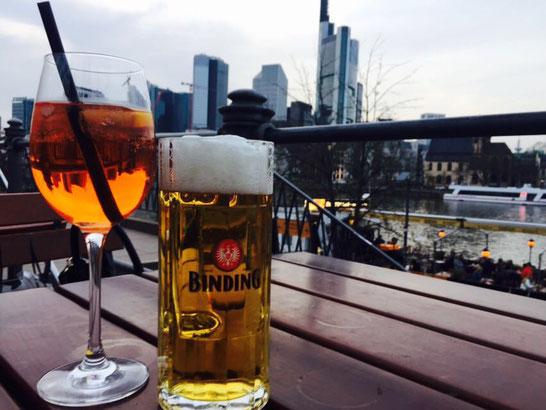 Aperol und Bier Main Strand Frankfurt am Main