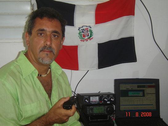 """La mia postazione radio nella prima attivazione in """"Dominican Republic"""" HI9/IZ2KTE"""