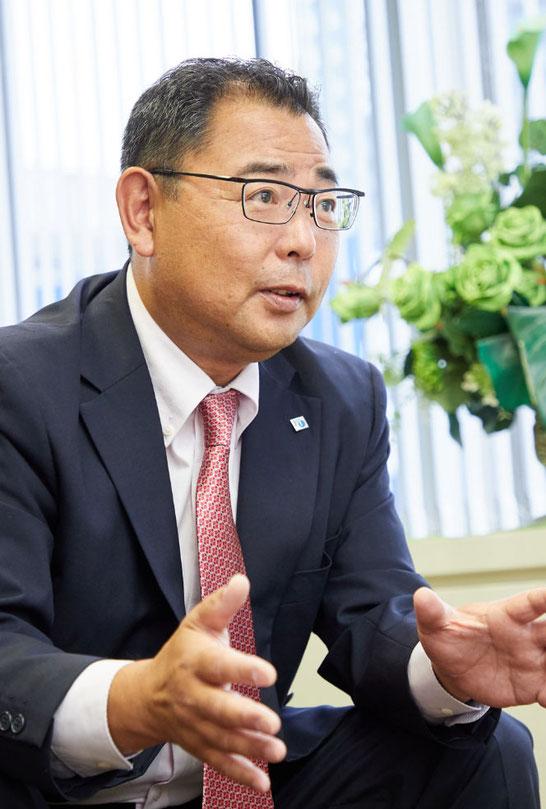 取締役総務部長 中澤 稔