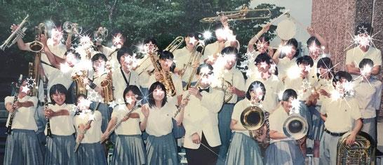 高校の吹奏楽部 憧れの先輩の隣で