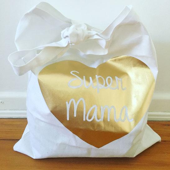 Mein Jutebeutel als Wickeltasche MOMazing Yoga Mama Mami Blog Yogamama