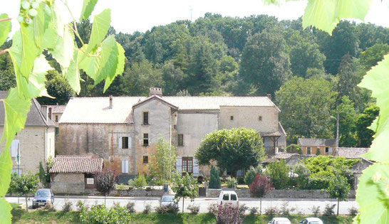 Fachada Chambre d'hôtes Ancienne Gendarmerie en Cadouin en Dordogne