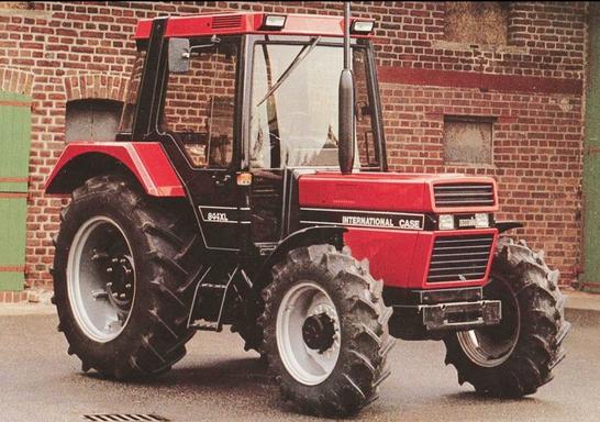 Case IH 844 XL Traktor IHC