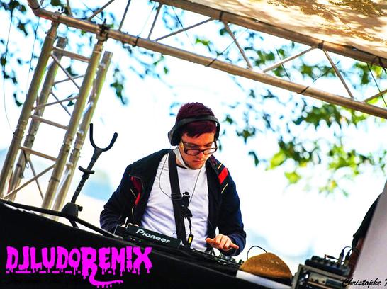 DJ LUDO REMIX DJ sur le Gard Vaucluse Drôme Ardèche Lozère DJ Uzes DJ Pont Saint Esprit DJ dans le Gard DJ bar DJ club Dj Discothèque dj lapalud 84