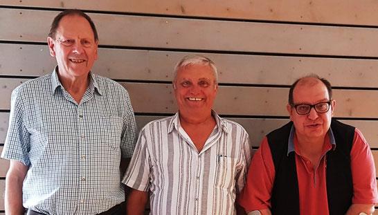 Die strahlenden Sieger: Albert Vosseler, Horst Walter (Ingolstadt) und Rainer Warketin (Nürnberg)