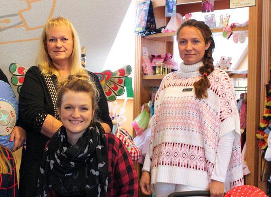 Das Team von Holzkreativ-Wallner freut sich auf Ihren Besuch