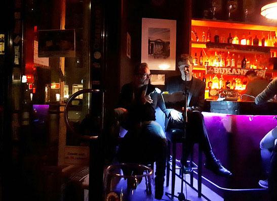 Tresenlesen mit Gary Flanell, Shebeen 2.0 Bar, Hamburg 21.10.2017