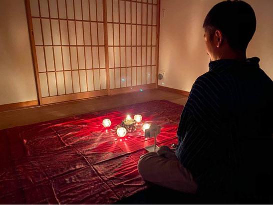 オンラインキャンドル瞑想会の風景